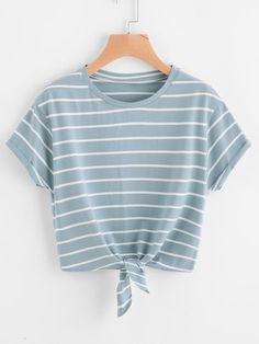 To find out about the Knot Front Cuffed Sleeve Striped Tee at SHEIN, part of our latest T-Shirts ready to shop online today! Teen Fashion Outfits, Outfits For Teens, Cool Outfits, Summer Outfits, Casual Outfits, Jugend Mode Outfits, Diy Kleidung, Cute Crop Tops, Loose Tops
