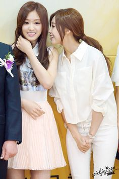 APink 2Eun NaEun and EunJi