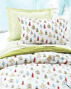 C Mistletoe & Holly Quilt Set #belk #bedding #holidays | A ...