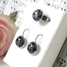 Sady šperkov - Elegant Snowflake Obsidian Stainless Steel Set / Sada prsteňa a náušníc s vločkovým obsidiánom - chirurgická oceľ - 8213233_
