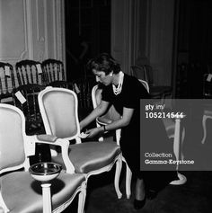 FRANCE - JANUARY 01, 1956: Preparations For A Christian Dior Fashion Show In Paris In 1956. (Photo by Keystone-France/Gamma-Keystone via Getty Images)
