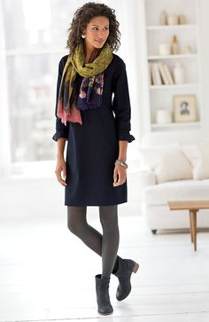New ideas for how to wear ankle boots with tights scarfs – outfit.tophaarmodelle New ideas for how to wear ankle boots with tights scarfs – outfit. How To Wear Ankle Boots, Ankle Boots Dress, Dress With Boots, Dresses With Leggings, Tight Dresses, Winter Dresses With Boots, Tunic Tops With Leggings, Mode Outfits, Dress Outfits