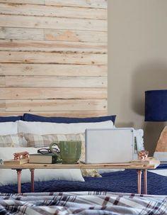 Что может быть приятнее холодным зимним утром, чем завтрак в постель! Наш сегодняшний мастер-класс научит вас, как из деревянных досок и медных сантехнических элементов сделать оригинальный и стильный столик на кровать https://roomble.com/publication/kak-sdelat-stolik-na-krovat-master-klass/