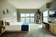 The Seaside Hotel, the new boutique hotel in the heart of North Vancouver's revitalized shipyards in Lower Lonsdale, is making a splash, along with its restaurant, Provisions. Vancouver Skyline, Vancouver Hotels, Downtown Vancouver, North Vancouver, Staycation, Design Firms, Hotels And Resorts, The Help, Seaside