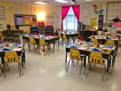 Adorable 2nd grade classroom with great ideas for back to school