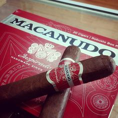 This year, General decided to introduce the Macanudo Inspirado Red, a new three vitola regular production box-pressed line that is composed of an Ecuadoran habano ligero wrapper over a Nicaraguan Jalapa binder and three well-aged filler tobaccos. Montecristo Cigars, Cohiba Cigars, Ashton Cigars, Premium Cigars, Cigar Accessories, Cigar Humidor, Pipes And Cigars, Binder, Bourbon