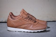 reebok-classic-leather-lux-horween-1