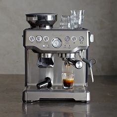 Breville Barista Express Espresso Maker (purchase from Bed, Bath & Beyond) Home Espresso Machine, Espresso Machine Reviews, Coffee Maker Machine, Breville Espresso Machine, Coffee Machines, Barista Coffee Machine, Latte Machine, Best Coffee Maker, Williams Sonoma
