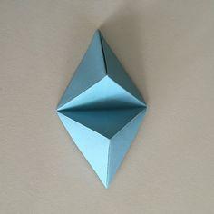 Origami Wall Art Diy Flower Tutorial Ideas For 2019 Quilling Tutorial, Origami Tutorial, Flower Tutorial, Origami Wall Art, Origami Paper, Paper Wall Art, 3d Wall Art, Paper Folding Art, Geometric Flower