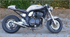 Image Custom Street Bikes, Custom Motorcycles, Custom Bikes, Street Fighter Motorcycle, Cafe Racer Motorcycle, Cafe Racer Style, Cafe Style, 1200 Custom, Power Bike