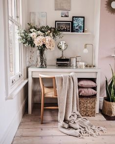 We have created a photo gallery where we have gathered makeup vanity table designs that could fit in any interior. See our gallery and get inspiration. Makeup Vanity Table With Flower Accent Home And Deco, Home Office Decor, Office Ideas, Cozy Office, Office Designs, Office Nook, My New Room, Cheap Home Decor, Room Inspiration