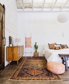 Bedroom Inspo via @cloudy_z