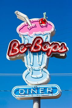 Be-Bop's diner in Mendocino, California. Taken by Thomas Hawk