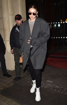 February 28 2020 - Gigi Hadid leaving her hotel in Paris. February 29 2020 at fashion-inspo Img Models, Summer Dress Outfits, Paris Hotels, Gigi Hadid, Latest Trends, Street Wear, Fashion Outfits, Fashion Clothes, Normcore