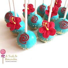 Moana inspired hibiscus cake pops and beach inspired cake pops Moana Birthday Party Theme, Moana Themed Party, Moana Party, Moana Birthday Cakes, Hawaiian Birthday, Luau Birthday, 4th Birthday Parties, Birthday Ideas, Hibiscus Cake