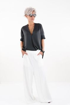 Summer Plus Size Women Shirt Blouse Low Crotch Pants, Wide Leg Pants, Plus Size Kleidung, Fashion Over 50, Summer Shirts, Mode Outfits, Shirt Blouses, Plus Size Outfits, What To Wear