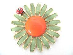 Vintage 1960's Weiss Green Enamel Daisy by BroochesTheSubject, $34.50