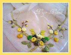 带刺绣 | Nigar Hikmet | Flickr