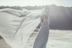 Laure de Sagazan | Création de Robes de mariée sur mesure