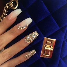 Diamond nails: 30 nail designs with diamonds Dope Nails, Get Nails, Prom Nails, Fancy Nails, Bling Nails, Stiletto Nails, Hair And Nails, Rhinestone Nails, Coffin Nails