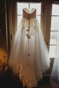 Beautiful dress! I could do this, I could do the flowy, transparent material