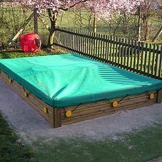Brighton Sand Box And Flexible Cover