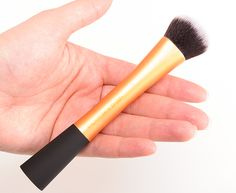 Real Techniques Expert Face Brush and Basic Kit review