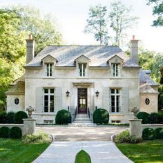 Stanley Dixon & Betty Burgess - Gorgeous French stone home exterior with gray shingle roof. French Chateau, French, home exterior, Atlanta Homes & Lifestyles Style At Home, Style Uk, Exterior Design, Interior And Exterior, French Exterior, Exterior Paint, Stone Exterior, Exterior Colors, French Country Houses Exterior