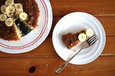 There are so many variations of banoffee pie out there: some insist there should be cream on top, others not. Some place the banana slices on top of the caramel and others put them the other way around. Many years ago I worked in a busy restaurant helping out the pastry chef. Her banoffee pie …