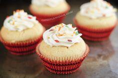 Đáng yêu vanilla cupcakes ^^