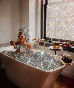 Glitter art by Yana Potter 🧚♀️ Boujee Aesthetic, Bad Girl Aesthetic, Aesthetic Vintage, Aesthetic Photo, Aesthetic Pictures, Rauch Fotografie, Glitter Photography, Jewelry Photography, Glitter Art