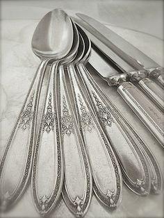 Vintage Rogers silverplate flatware Grandeur pattern by teenrags $125.00 & 1847 Rogers ETERNALLY YOURS Silverware Set Vintage 1941 Silver Plate ...