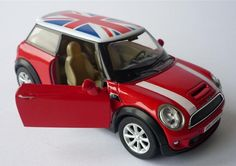 Automobilia Clever Diecast Mini Cooper S Countrymzn Red Toy Car Keyring Keychain Recorded Delivery Reliable Performance