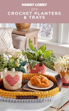 Keep your plants cozy and your hands busy with these adorable crochet creations! Click to download free patterns. Crochet Bag Tutorials, Diy Crochet, Crochet Projects, Sewing Projects, Art Crafts, Crafts To Make, Diy Projects Videos, Art Projects, Knitted Flowers Free