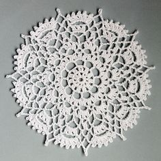 Ravelry: Project Gallery for Crowns Surround pattern by Cille Heckenbach