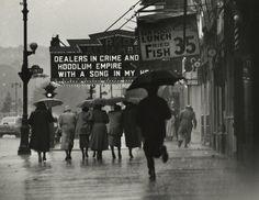 Gordon Parks - Harlem Neighborhood, 1952
