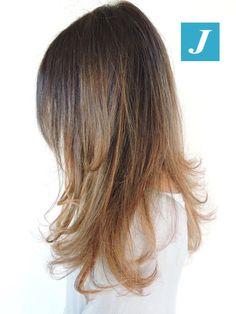 """Io ho scelto di illuminare il mio colore naturale."" #cdj #degradejoelle #tagliopuntearia #degradé #igers #naturalshades #hair #hairstyle #haircolour #haircut #longhair #style #hairfashion"