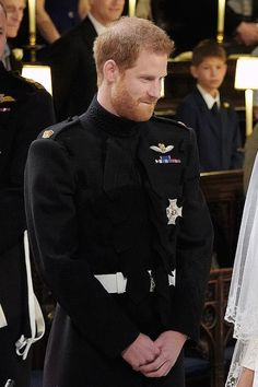 Prince Harry, Duke of Sussex gazes adoringly at his bridge, Meghan Markle, during their wedding ceremony Meghan Markle Prince Harry, Prince Harry And Megan, Prince Henry, Princess Meghan, Princess Diana, Lady Diana, Harry Windsor, Harry And Meghan Wedding, Kate And Meghan