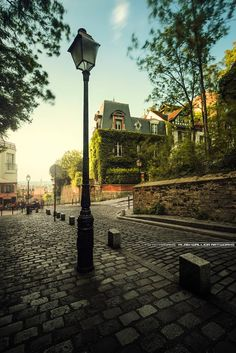 Montmartre - Sacré-Coeur by Alain Wallior on 500px