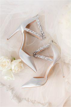 Winter Wedding Shoes, Wedding Day, Best Wedding Shoes, Bridal Wedding Shoes, Wedding Beauty, Summer Wedding, Wedding Photos, Dream Wedding, Badgley Mischka Bridal
