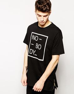 Pull&Bear+T-Shirt+with+Print+&+Zip+Detail