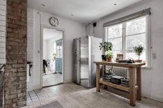Riddargatan stylish Scandinavian apartment designed by Henrik Nero ...