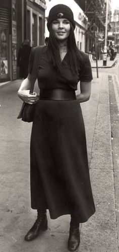 Style icon, Ali MacGraw in the 70s Fashion, Look Fashion, Timeless Fashion, Fashion Photo, Fashion Beauty, Vintage Fashion, Hollywood Fashion, Timeless Beauty, Hollywood Glamour