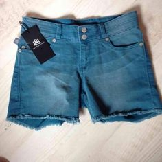 Rock & Republic Jean Shorts New with tag ROCK & REPUBLIC distressed jean shorts. Great color.   Size 2.  Ask how to get discounted shipping :) Rock & Republic Shorts Jean Shorts