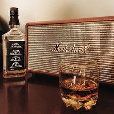 Hoy es Viernes de Whiskey y Jazz en Don Juan