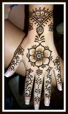 The best wedding henna or Mehndi design then Click VISIT link for Henna Mehndi, Mehendi, Arte Mehndi, Henna Tatoos, Mehndi Tattoo, Mehndi Art, Mandala Tattoo, Paisley Tattoos, Tattoo Hand