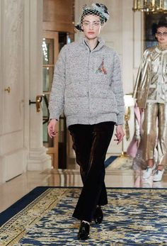 Chanel Pre-Fall 2017, Metiers d'Art 2016/17 - Paris Cosmopolite - show at the Ritz ... #Chanel