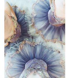 Danseuses tutu bleu