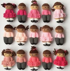Baby Knitting Patterns Ravelry: Pretty Izzy Dolls pattern by Esther Braithwaite (free copy saved in Rav.💕My February Finishes! Neutrals are Paintbox Simply DK, pinks are assorted mini skeins from Paintbox and Lion Brand. The mini skeins…Add pers Knitted Dolls Free, Knitted Doll Patterns, Baby Knitting Patterns, Crochet Dolls, Crochet Baby, Knitting Little Dolls, Ravelry Free Knitting Patterns, Crochet Birds, Bricolage