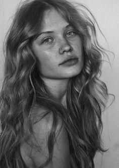 Portrait Photography Inspiration : Face #softcurls Portrait Photography Inspiration : Face